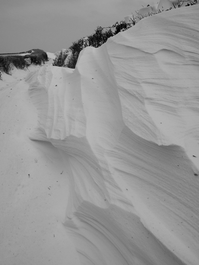 Photo of drifting snow on the track to Hackmarsh